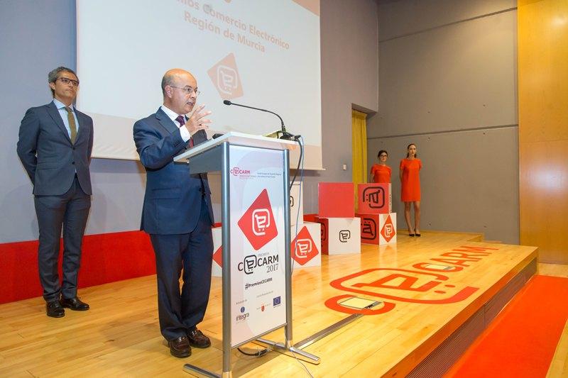 El consejero Andrés Carrillo, cerró el acto